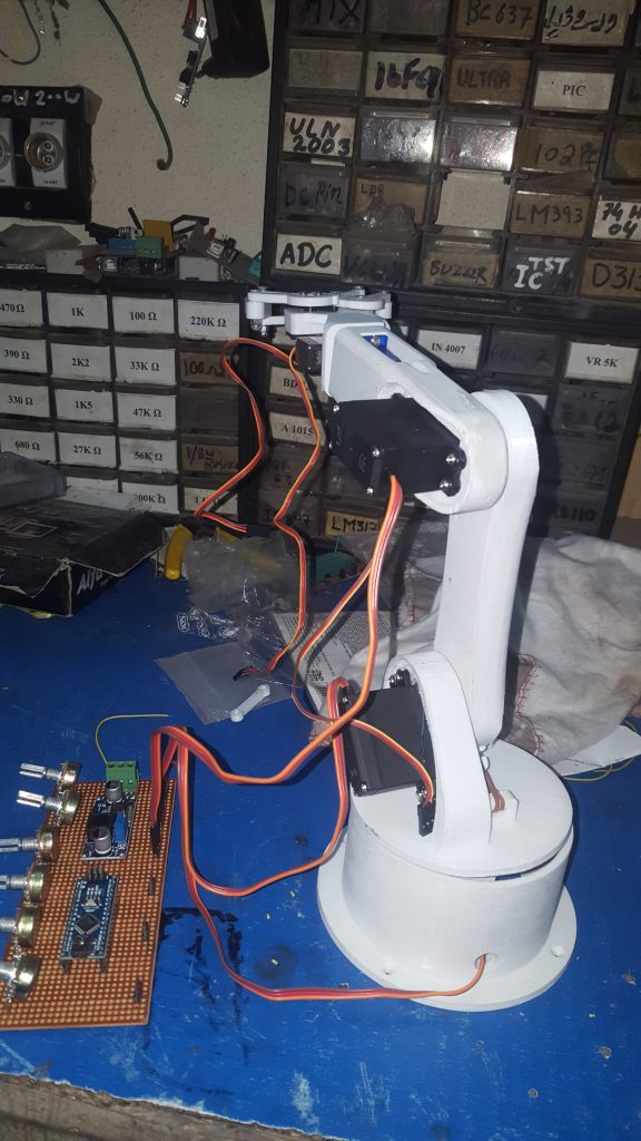 robotic arm arduino nano,Simple Mechanical Engineering Projects